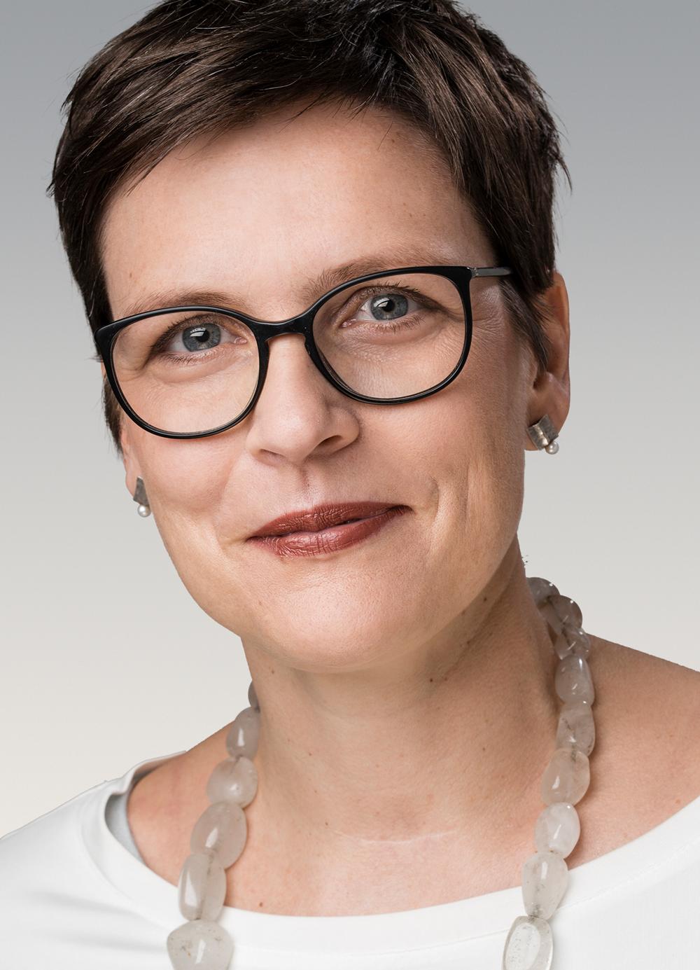 Prof. Dr. Anne Letsch